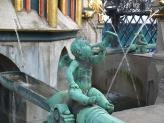 07-Schoener Brunnen